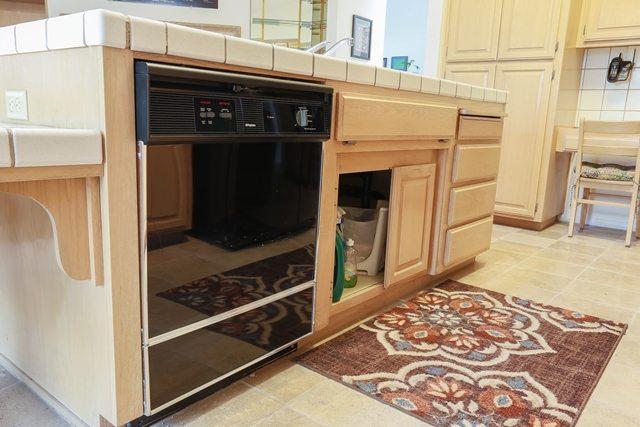 kitchenbox copper bridge court begins in modesto ca kitchen bath crate. Black Bedroom Furniture Sets. Home Design Ideas