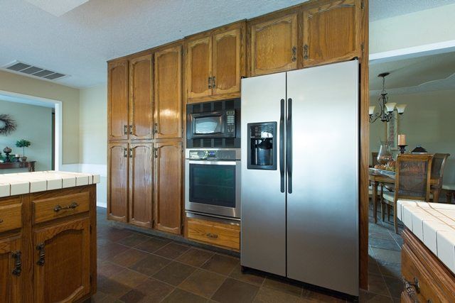 White Kitchen Cabinets Using Kelly Moore Paint