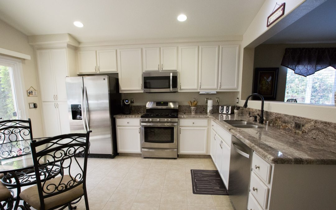 kitchenCRATE Refinish Damar Court in Riverbank, CA is Complete!